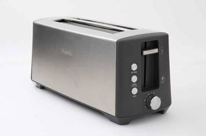 Breville The Bit More Plus 4 Slice Toaster BTA440BSS toaster.