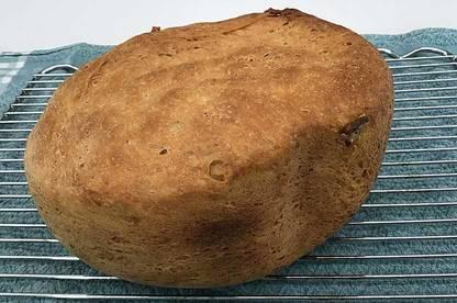 White loaf baked in Panasonic SD-ZP2000KST breadmaker.