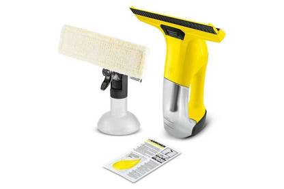 Karcher WV 6 Plus with spray bottle, cleaning cloth and 20ml sample of Karcher glass cleaner concentrate.