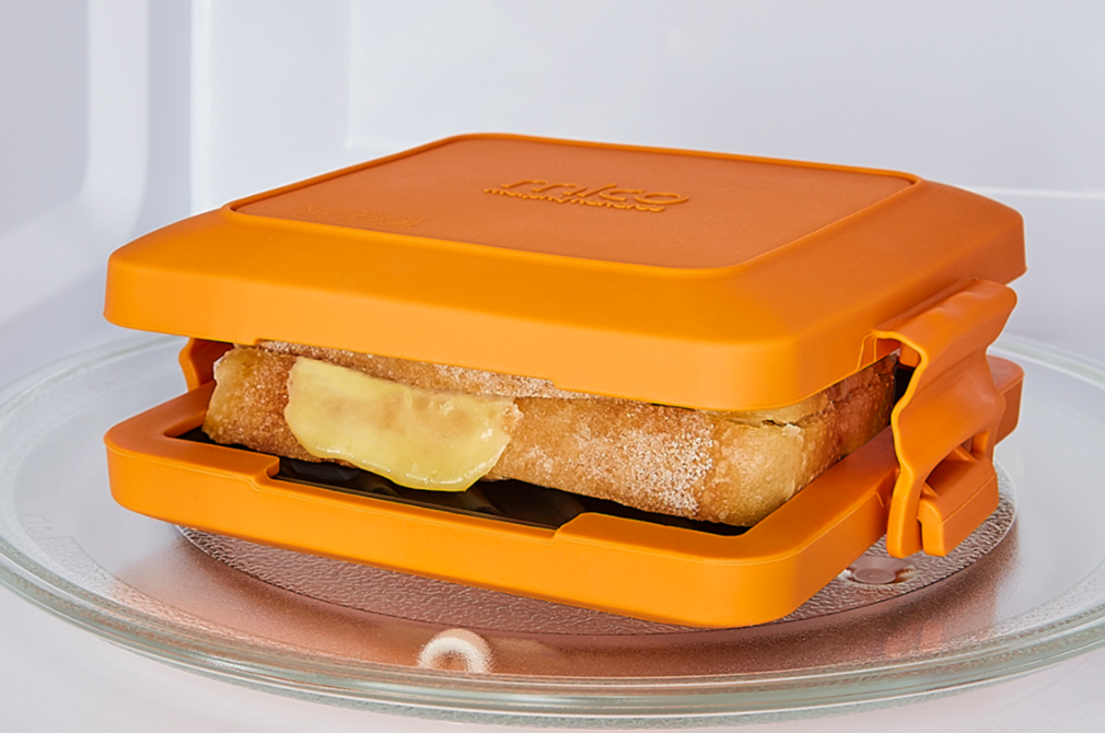 Photograph of Morphy Richards Mico Toastie in the microwave.