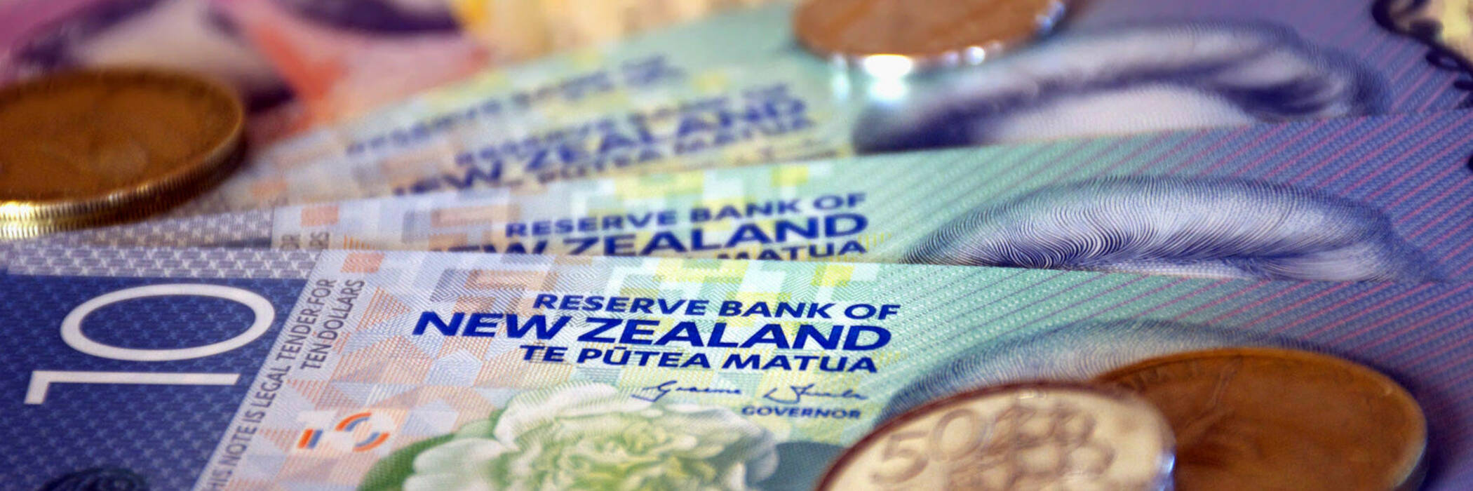 NZ notes and coins