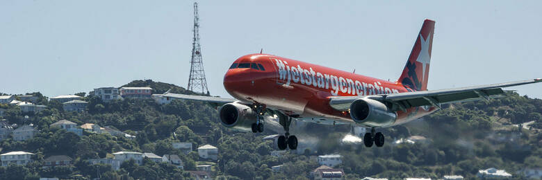 Consumer groups take aim at jetstar hero1