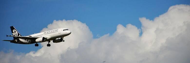 Air NZ plane in flight.