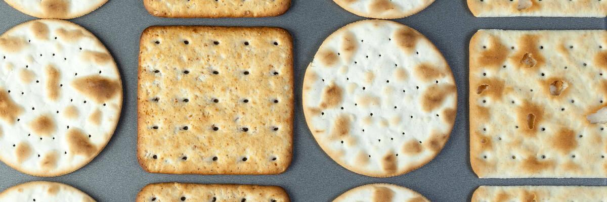 17jan crackers newhero