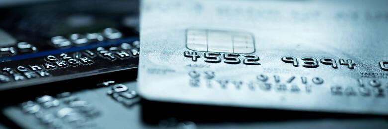 21apr credit card travel insurance hero