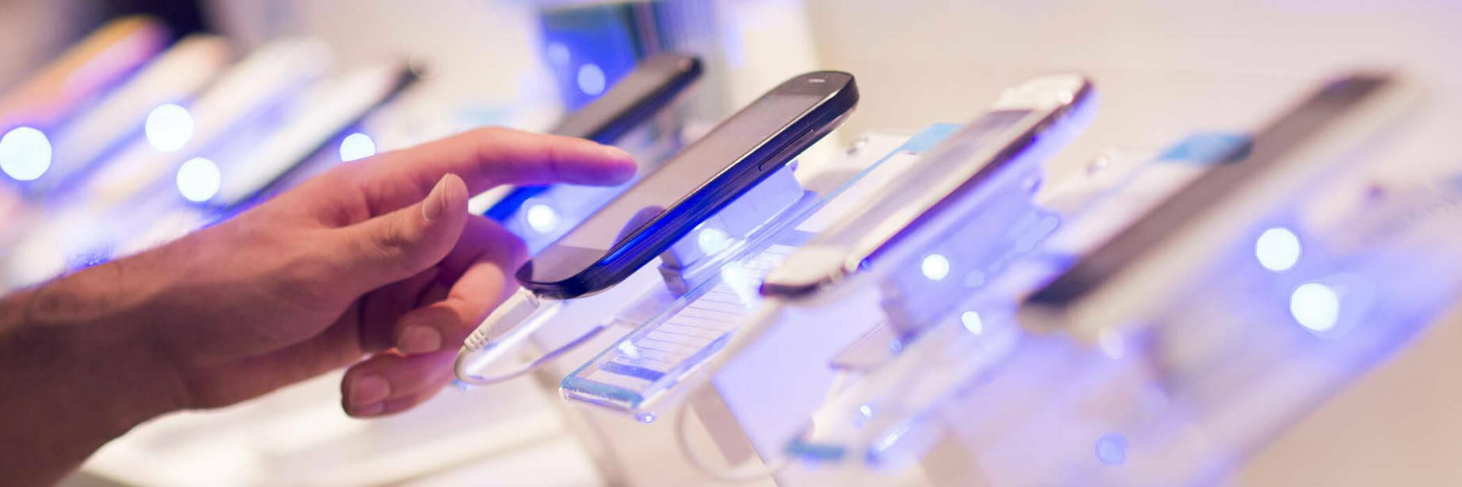 20jun electronics retailer warned hero