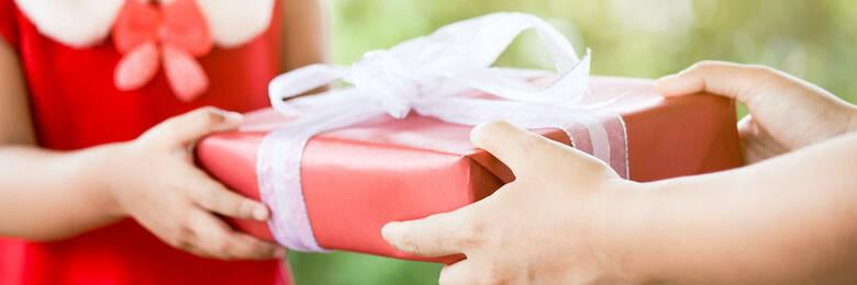20nov twelve rules of christmas shopping hero