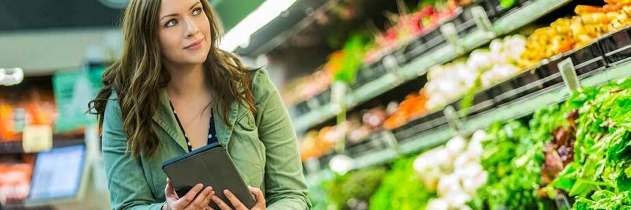 Woman doing grocery shopping.