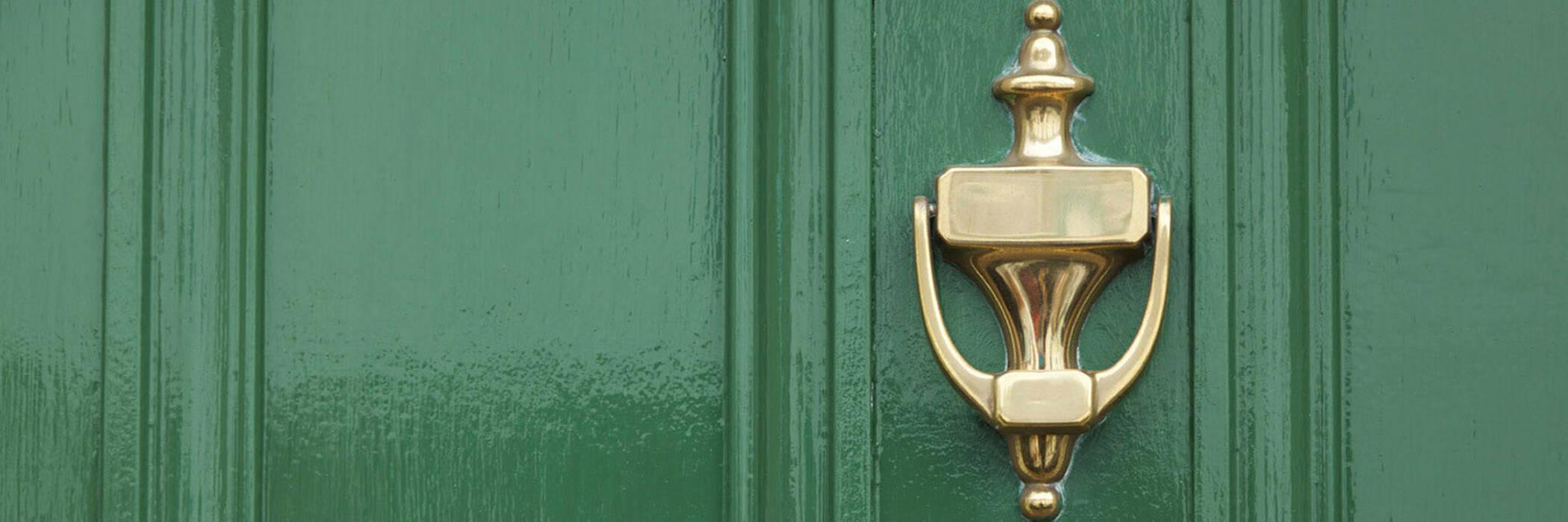 15apr door to door sales tactics alarming hero