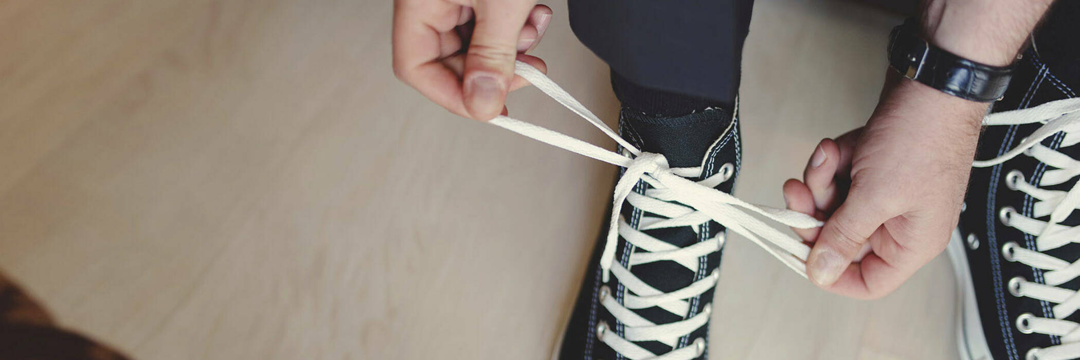 15oct shoe tying lifehack hero
