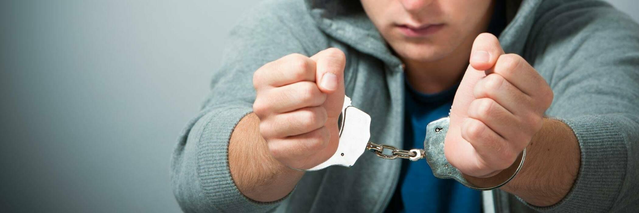 15june teenagers and police hero