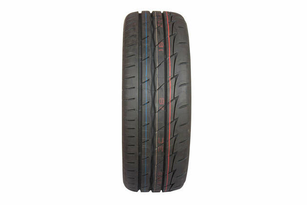 Bridgestone Potenza Adrenalin RE003 (225/45 R17)