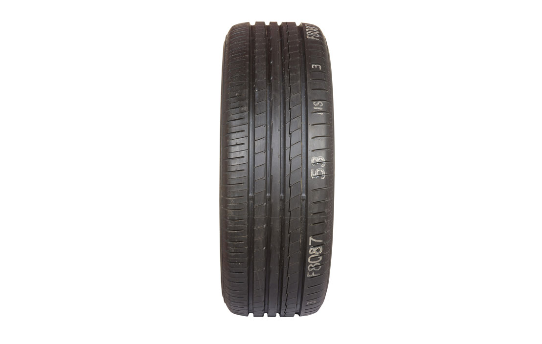 Yokohama BluEarth-A AE50 (225/45 R17)