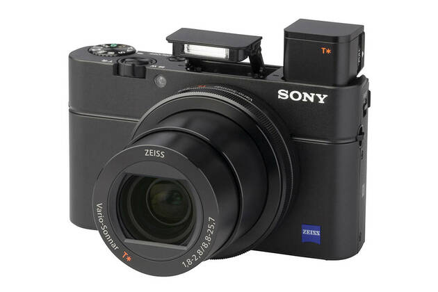 Sony DSC-RX 100 M3 (with 8.8-25.7mm lens)