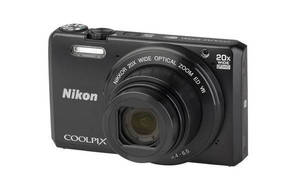 Coolpix S7000 (with 4.5-90mm lens)