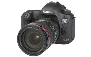EOS 5D Mark III (with 24-105mm lens)
