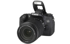 EOS 760D (with 18-135mm lens)