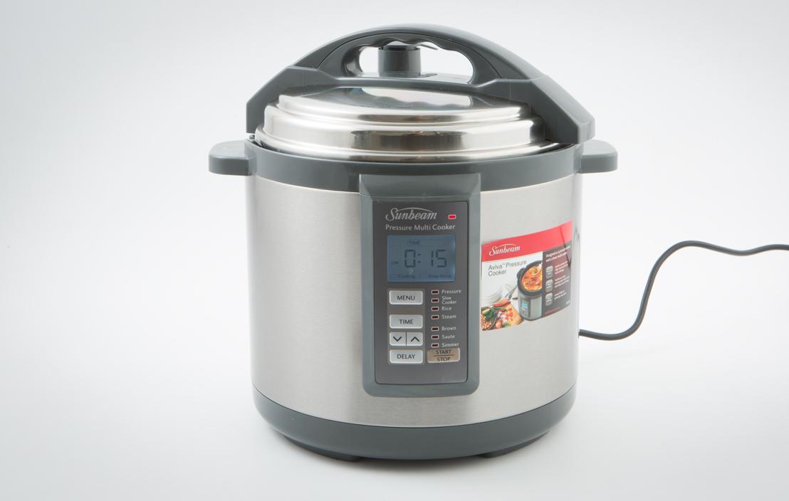Sunbeam PE6100 Aviva Pressure Cooker