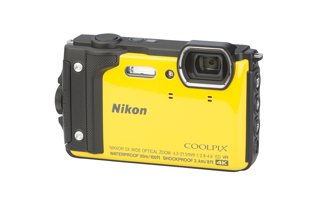 Nikon COOLPIX W300 (with 4.3-21.5mm lens)