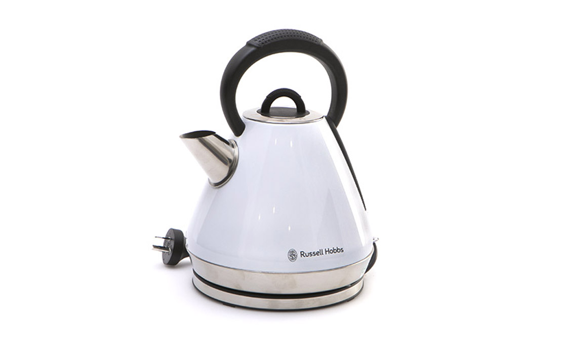 17nov russell hobbs heritage vogue kettle rhk52