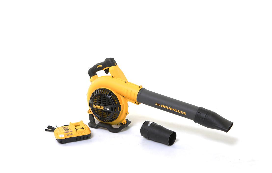 DeWalt leaf blowers and blower vacuum