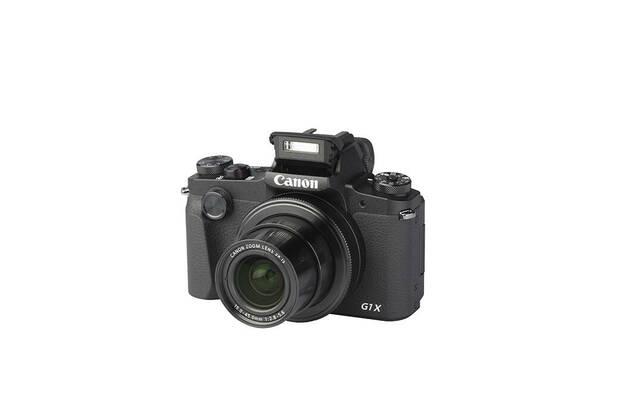 Canon PowerShot G1X Mark III (with 15-45mm lens)