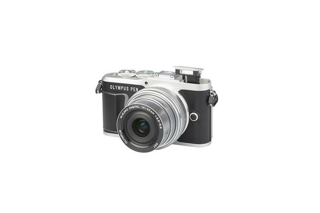 Olympus PEN E-PL9 (with 14-42mm lens)