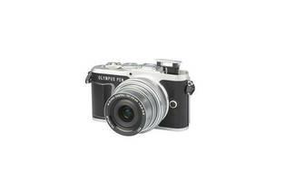 PEN E-PL9 (with 14-42mm lens)