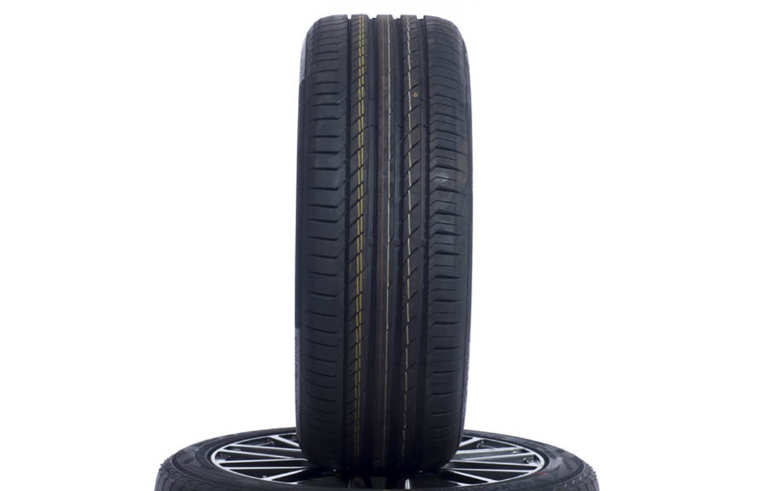 Continental ContiSportContact 5 (235/45 R18)