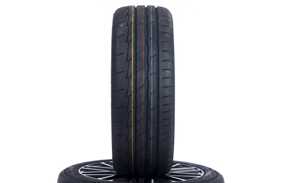 Bridgestone Potenza Adrenalin RE003 (235/45 R18)