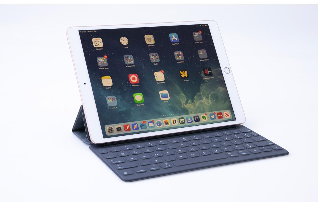 Apple iPad Air (Wi-Fi + Cellular)