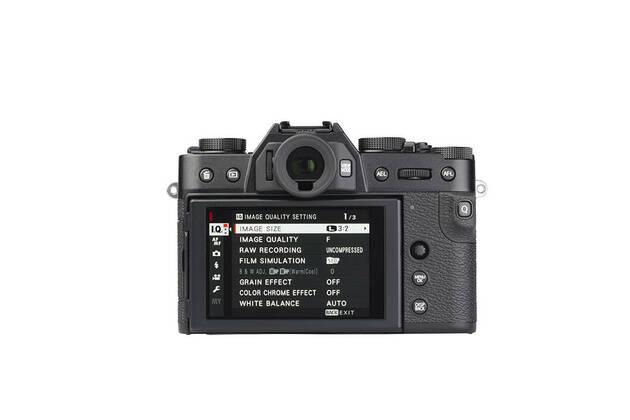 Fujifilm X-T30 (with 18-55mm lens)