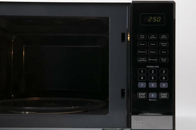 Living & Co 34L Microwave 1100W LMO34S