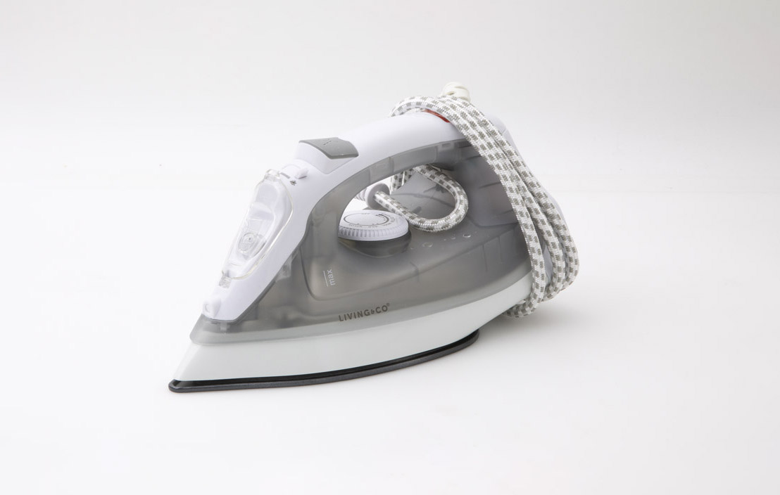Living & Co 1600W Steam iron KY-237D-16W