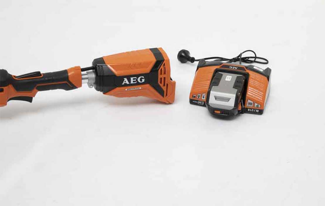AEG 18V 6.0Ah Brushless Line Trimmer Kit ALT18BS6