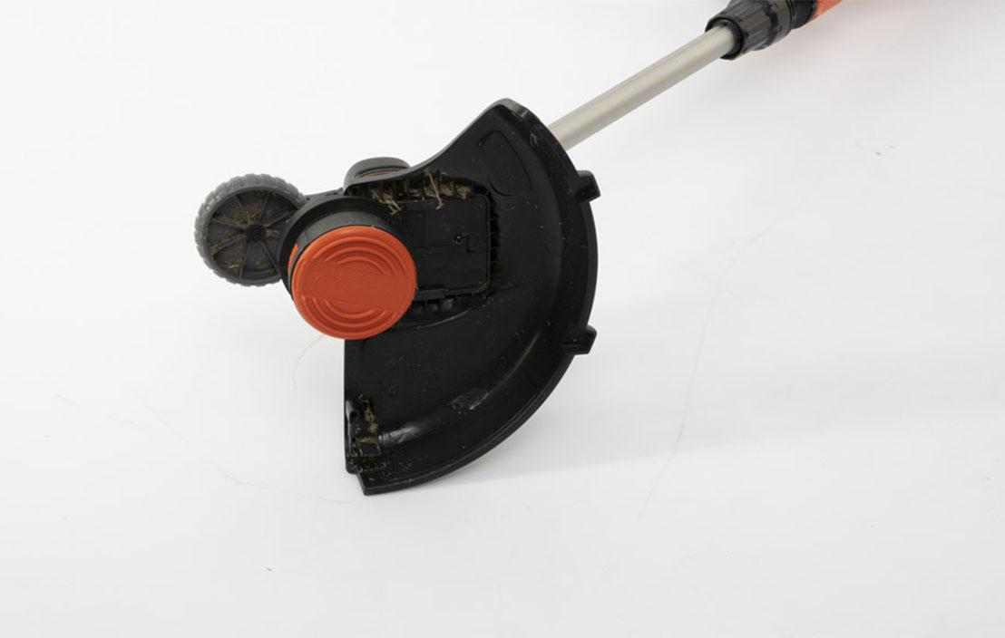BLACK + DECKER STC1820PC-XE
