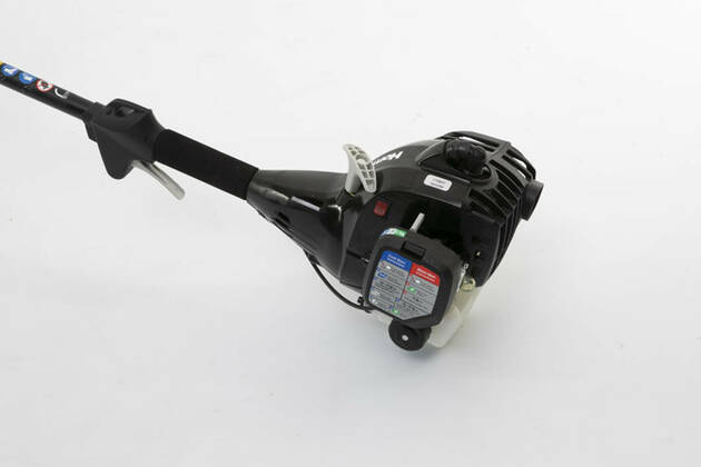 Homelite 25cc 2 Stroke Curved Shaft Line Trimmer HBLT25CD