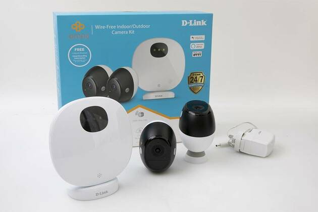 D-Link Omna Wire-Free Indoor/Outdoor Camera Kit DCS-2802KT