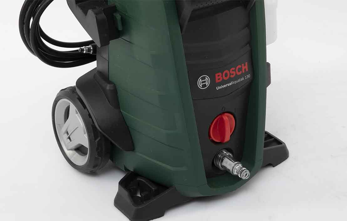 Bosch Universal Aquatak 130