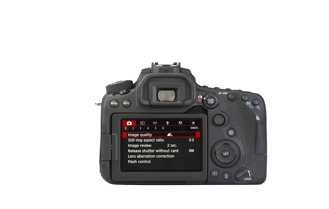 Canon EOS 90D (with 18-55mm lens)