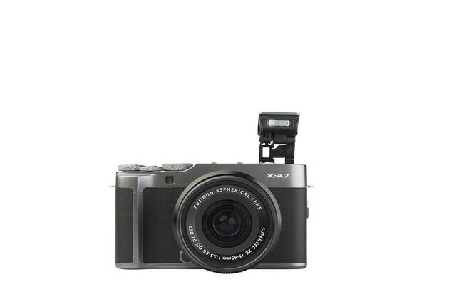 Fujifilm X-A7 (with 15-45mm lens)
