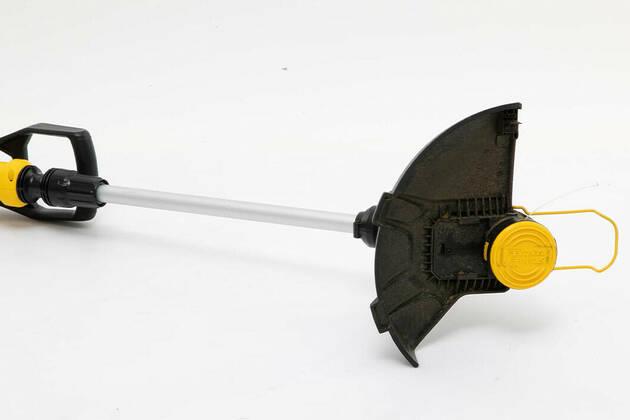 Stanley Fatmax V20 33cm Line Trimmer Kit SFMCST933M1-XE